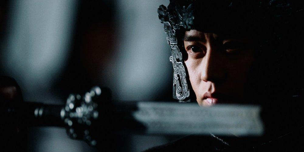 shadow-2018-002-swordsman-close-up.jpg